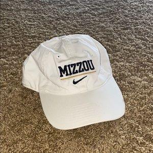 Nike University of Missouri brand hat